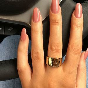 29+ Oval Acrylic Nails Designs With Red - PicsRelevant