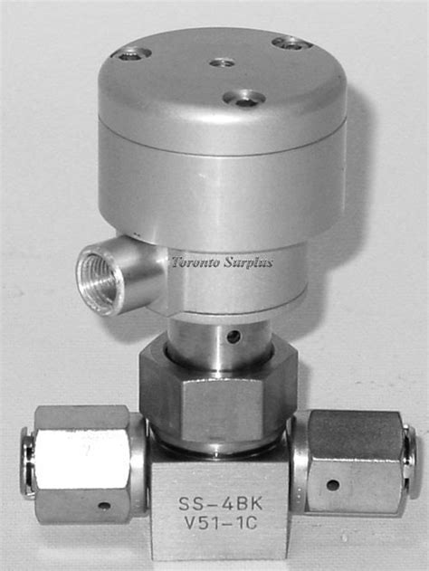 Nupro / Swagelok SS-4BK V51-1C 1/4 Inch, Stainless Steel
