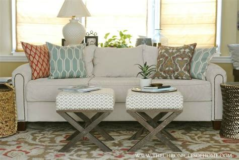 Furniture Re Upholstery by The 25 Best Sofa Reupholstery Ideas On