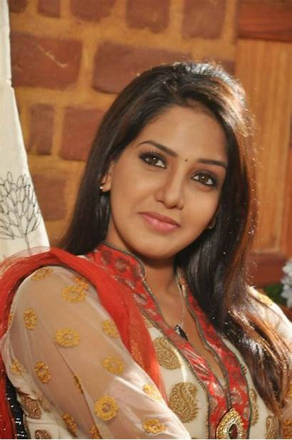 Bhavani Reddy Tamil Stills Heroine Ini Actress