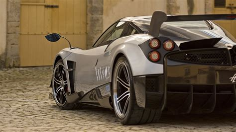 The Pagani Huayra Bc Hypercar Is A Lightweight And