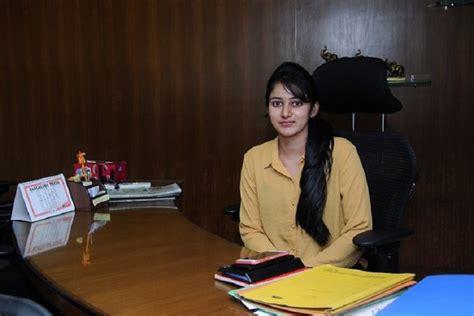dk shivakumars daughter aisshwarya appears  ed