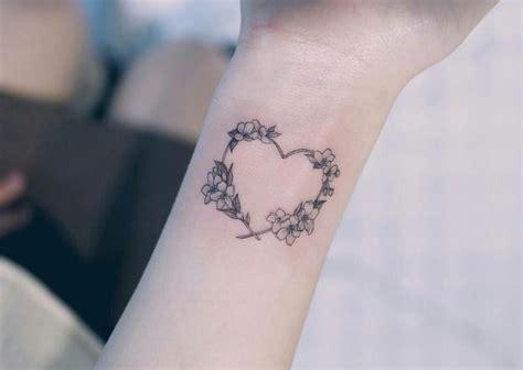 tatouage coeur tel quel ou agremente pourquoi  sur quel