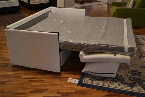 halley letti divano letto halley scontato divani a prezzi scontati