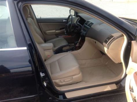 sell   honda accord      miles leather