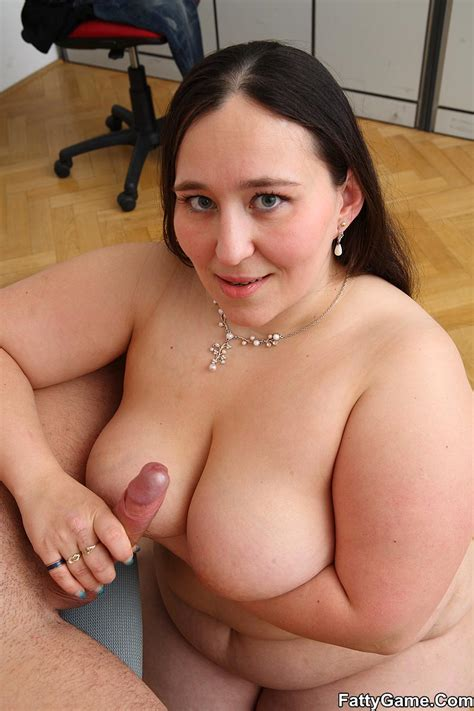 Free Fat Sex She Was Working On Her Comput Xxx Dessert