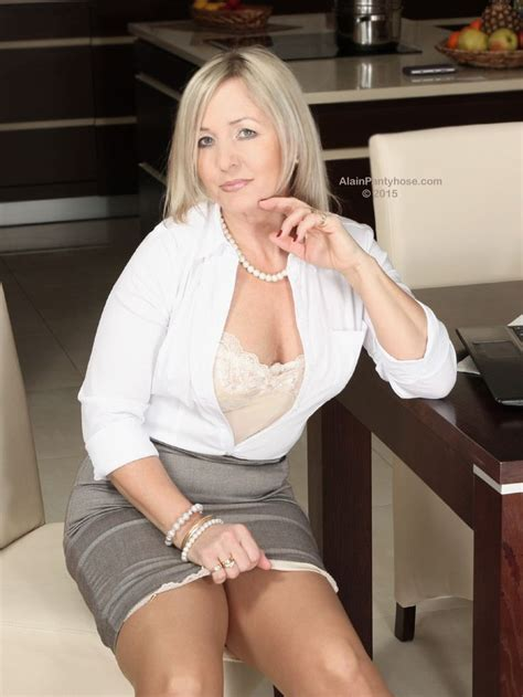 Mature Dressed And Sexy Women Page 74 Literotica