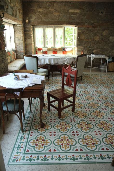 what is the best floor for a kitchen 28 best images about tile rugs on 9931