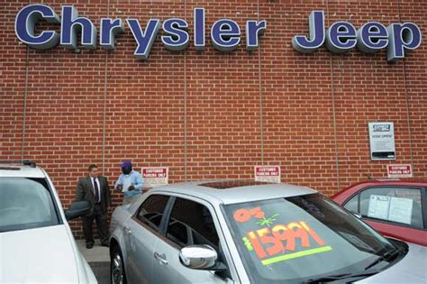 Used Chryslers by Consumer Groups Reportedly Asking For Liability Warning