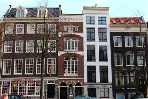 Willetholthuysenamsterdam, Netherlands A Row House With