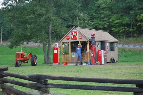 painted  stained camping cabins pennsylvania west virginia