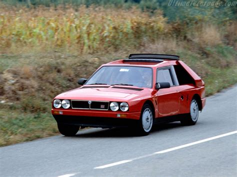 Lancia Delta S4 Stradale High Resolution Image (1 of 4)