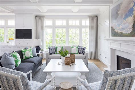 hamptons inspired home  coastal colors home bunch interior design ideas