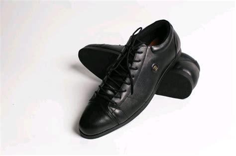 Sepatu Bally Casual Pantofel jual sepatu pantofel kulit model carte boots bally