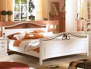 Massivholzbett Weiß 180x200 : massivholzbett neapel pinie wei gr e nach wahl doppelbett ehebett wohnbereiche schlafzimmer ~ Sanjose-hotels-ca.com Haus und Dekorationen