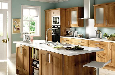 kitchen design b q it westleigh walnut effect shaker diy at b q 1096