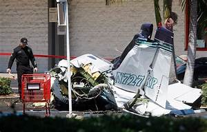Accident Parking Sans Tiers Identifié : small plane crashes in parking lot near staples in orange county ~ Medecine-chirurgie-esthetiques.com Avis de Voitures