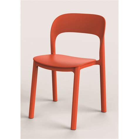 chaise de jardin en plastique chaise de jardin en résine plastique ona orange leroy merlin