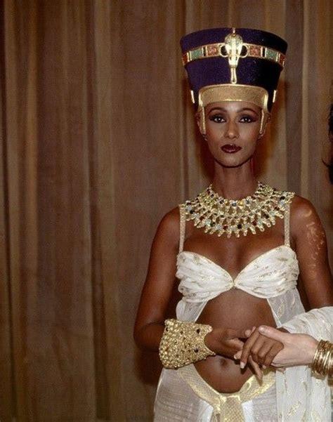 Iman as Nefertiti Michael Jackson u0026quot;Do You Remember The Timeu0026quot; | Art | Pinterest | Beautiful ...