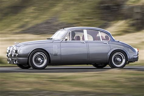 The Rebirth of a Legend: The Jaguar MK2 Re-Imagined ...