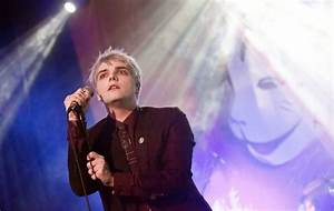 Gerard Way to release two new songs for Record Store Day ...