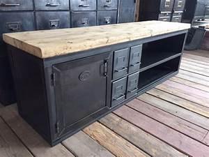 Meuble Industriel But : meubles tv industriel bois et m tal l 39 or du temps ~ Teatrodelosmanantiales.com Idées de Décoration