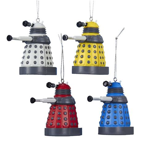 5 geeky christmas ornaments you ll need this year