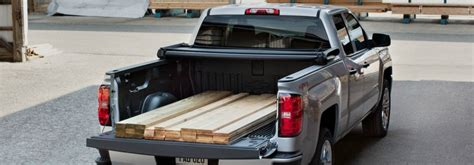 Chevy Silverado Bed Liner by Spray On Vs Drop In Bed Liners