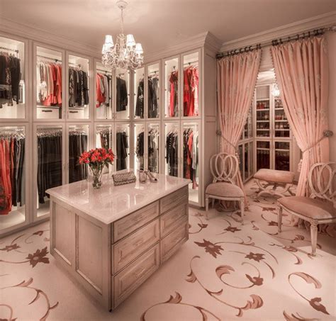 15 Elegant Luxury Walkin Closet Ideas To Store Your