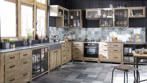 deco maison cuisine ouverte cuisine bois cuisine bois et metal noir