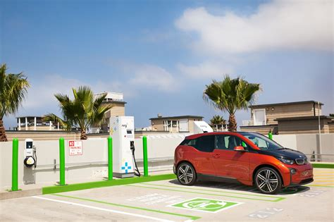 electric cars charging city of hermosa beach gets nrg evgo freedom station