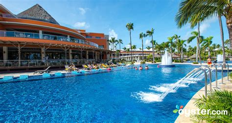 Family Club at Barceló Bávaro Palace Deluxe | Oyster.com