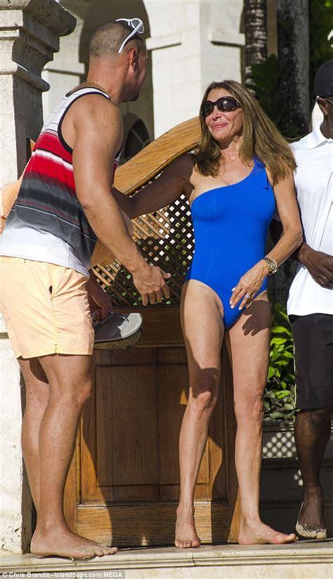 Lauren Silverman's lookalike mum Carole Davis in Barbados ...