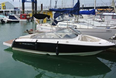Regal Boats Uk by Regal 1900 Brighton Boat Sales