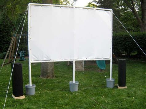 Backyard Theater Screen summer diy build a backyard theater