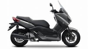 2014 Yamaha X-max 250 Review
