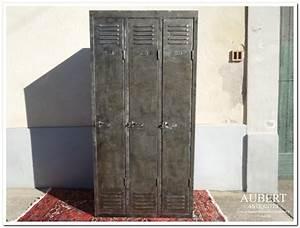 Casier Vestiaire Industriel : casier metallique industriel ~ Teatrodelosmanantiales.com Idées de Décoration