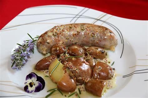 cuisiner l andouillette recettes des andouillettes à la moutarde les recettes