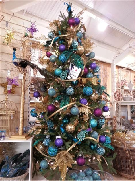 perrywoods visual display merchandiser talks christmas