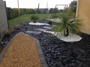 modele massif avec galets ft41 jornalagora With modeles de rocailles jardin 1 jardin moderne avec du gravier decoratif galets et plantes