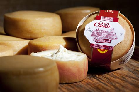 queso torta del casar un pa 237 s de queso parte iv manchego y extreme 241 o queso