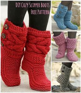 Free Pattern  Amazingly Cozy-looking Slipper Boots