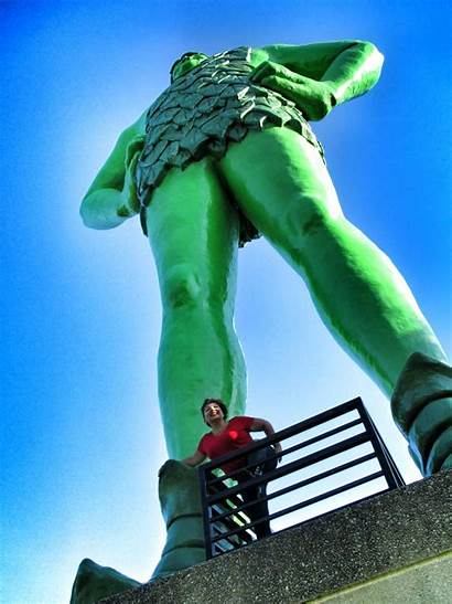 Giant Earth Statue Mn Sash Jolly Pickle