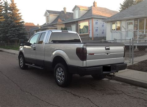 rocker panels paint  bed liner page  ford