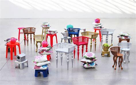 chair installation interiorzine