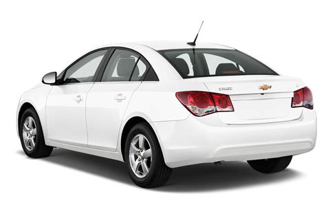 2015 Chevrolet Cruze Facelifted At New York Show