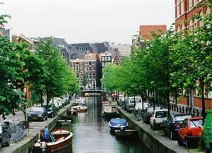 オランダ:オランダというと風車の ...
