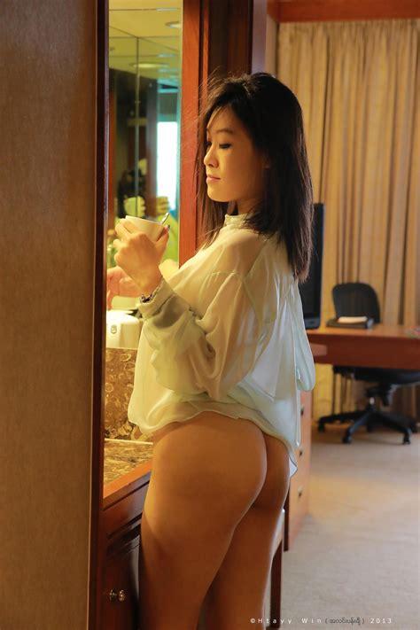 Singapore MILF Charis Goh Leaked Nude Photos