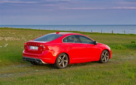 Volvo S60 R Design 2018 Widescreen Exotic Car Wallpapers