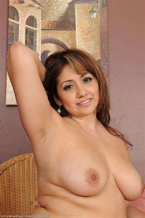 horny mature latina exposed pichunter